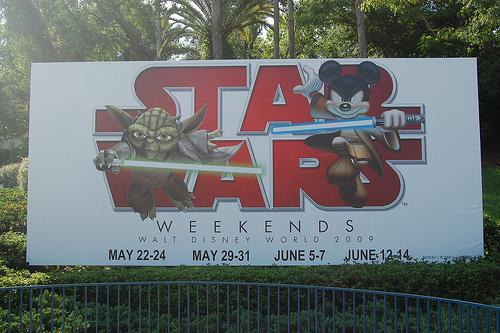 ディズニー版『新スター・ウォーズ』シリーズのキャスト発表!新アトラクションのうわさも