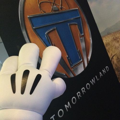 ディズニーの新伝説か?!「プルス・ウルトラ」と「トゥモローランド」の秘密